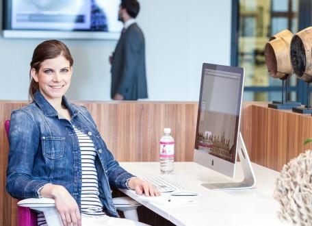 Een goede ergonomische kantoorstoel draagt bij tot een duurzaam personeelsbeleid.