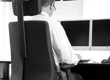 Bezoek Bma Ergonomics op infopol en test een 24-uurs stoel